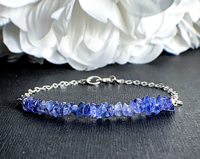 Tanzanite Empath Protection Bracelet - Calming Bracelets, Gift for Her, December Birthstone, Emapth Anxiety, Healing Crystals, Her Gift
