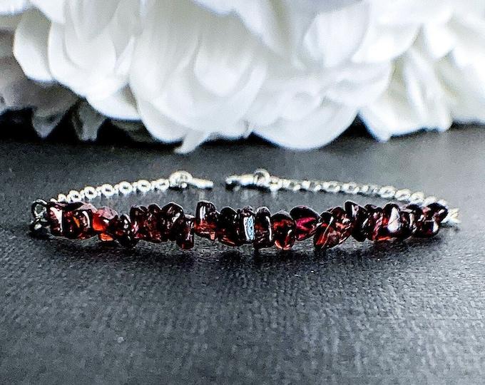 Garnet Bracelet Anxiety Stone Depression Jewelry January Birthstone Stacking Bracelet Anxiety aids Energy Bracelet Capricorn Birthstone