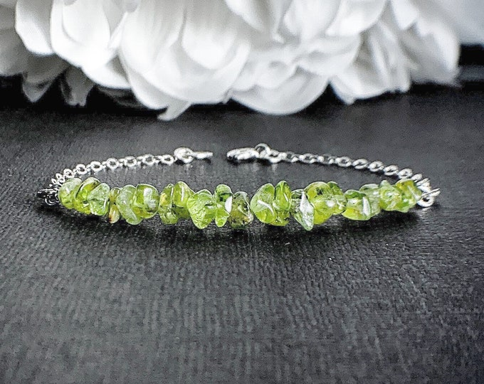 August Peridot bracelet, August Birthstone Jewelry, Peridot Jewelry, Leo Birthstone Gift for Wife, Birthstone Bracelet