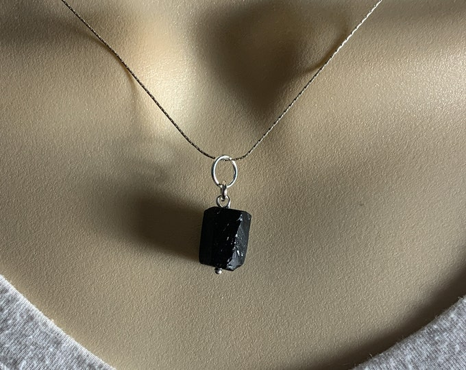 Black Tourmaline Pendant Necklace Raw Crystals Sterling Silver Crystal Choker, Protection, Calming Best Friend Gift, Gifts for Women
