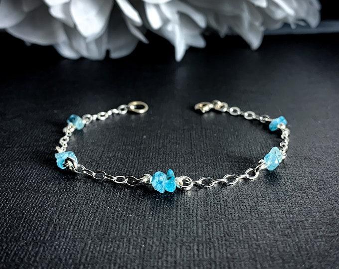 Dainty blue Apatite bracelet anklet - adjustable jewelry, Boho Beach ankle jewelry, Genuine Apatite gemstone, delicate raw beaded bracelet