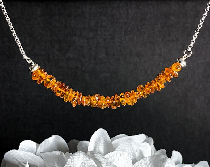 Amber Necklace, Raw Crystals, Silver Jewelry, Natural Amber Jewelry, Healing Crystals, Protection Necklaces, Gift for Mom, Anniversary Gift