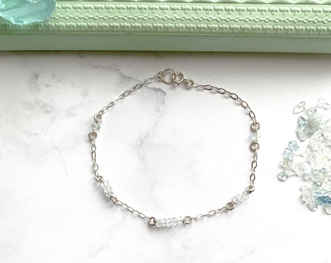 Sterling Natural Aquamarine Station Satellite Silver Chain Bracelet