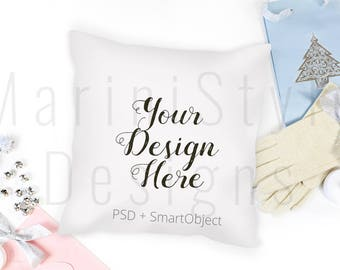 Download Free Christmas Pillow Mockup, Pillow Template, Holiday Styled Stock Photography, Throw Pillow Stock Photo, Stock image, PSD, Smart Object, 596 PSD Template