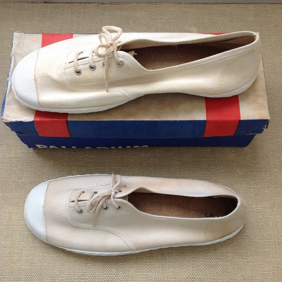 Old stock size 38 cotton rubber shoes Sneakers made in France vintage white ecru Palladium