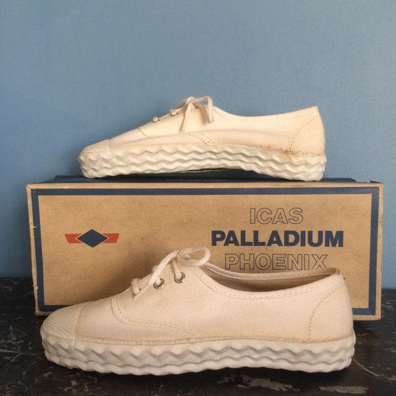 Palladium made in France 1970s children sizes 28, 29, 30, 31, 32 deadstock vulcanized rubber barnfind vintage rare