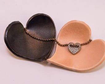Shimmery heart ring dish