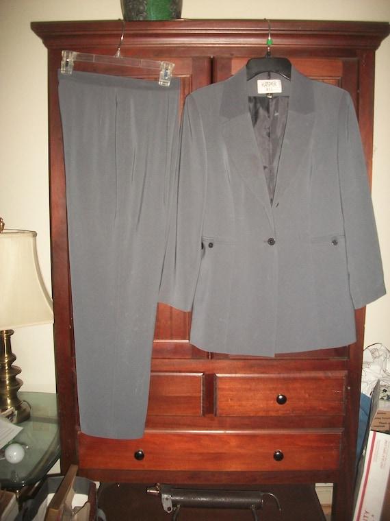 Vintage 80's, 90's Gray Pant Suit  Size 8, Vintag… - image 10