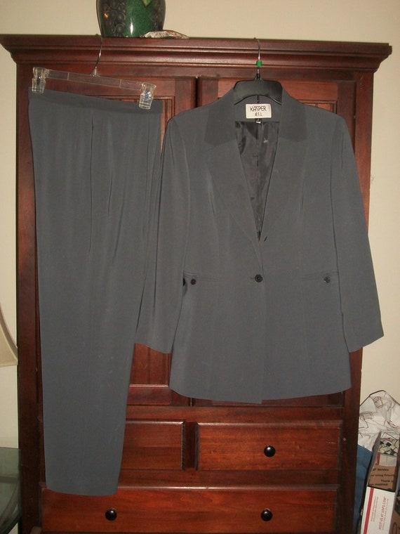 Vintage 80's, 90's Gray Pant Suit  Size 8, Vintag… - image 3