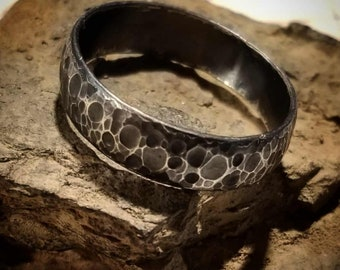 Moon Ring Band Dimple - Fine Silver