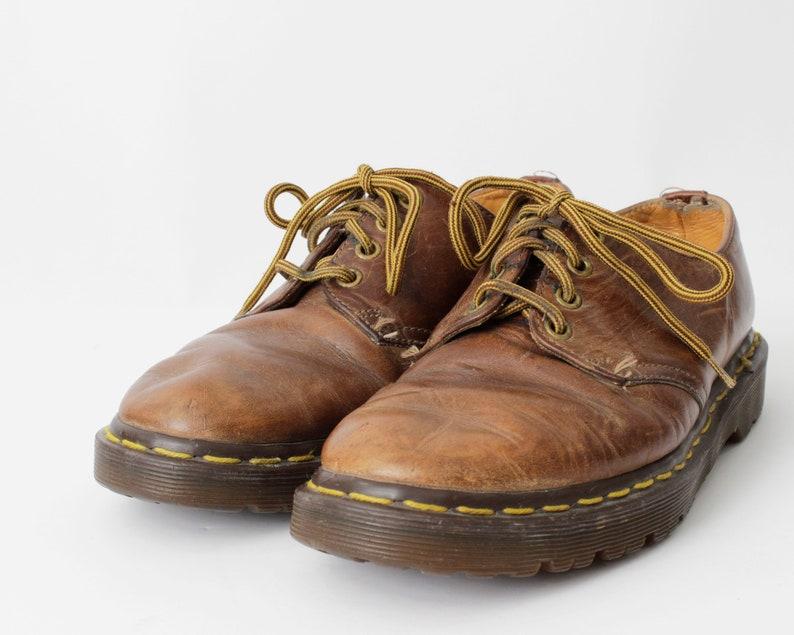 62956ef393b Dr Martens Shoes Doc Size 7 Men s 8 Women s Brown 1561