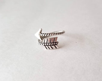Arrow Ring Sterling Silver * Silver Rings for Women * Christmas Gifts Ideas for Friends * Gift idea for girlfriend * Cool Teenager Gift