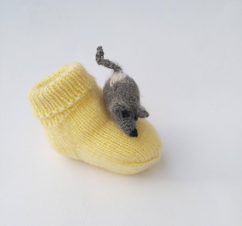 Baby socks Knitted booties Fun Mice socks Baby shower Cute mouse  Yellow handmade socks