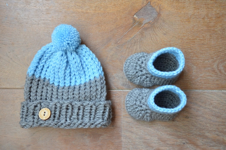 0ac5ca9ee Blue baby outfit Knit Baby Hat Crochet baby booties Baby | Etsy
