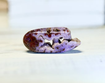Rare Purple and Red Tube Agate Cabochon - with purple druzy vug