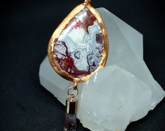 Crazy Lace Agate Cabochon Pendant - Hematite Included Crystal - 24K Gold Plated Setting