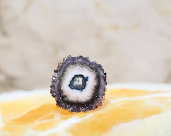 "Amethyst ""Eye"" Stalactite Slice Ring - size 3.5"