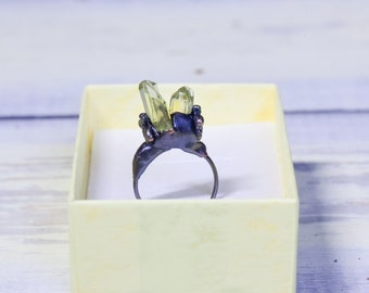 Honey Bee Ring - Raw Crystals - Yellow Apatite - Sz. 5.5