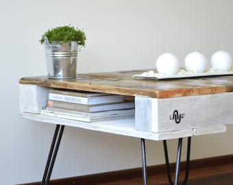 """Pallet Coffee Table """"LAUD"""" with hairpin legs. Natural & White Reclaimed wood"""