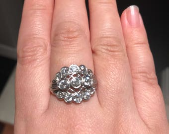 Antique art deco platinum filigree diamond ring gorgeous