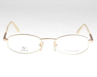 51f98faaa48 Superb oval Valentino glasses