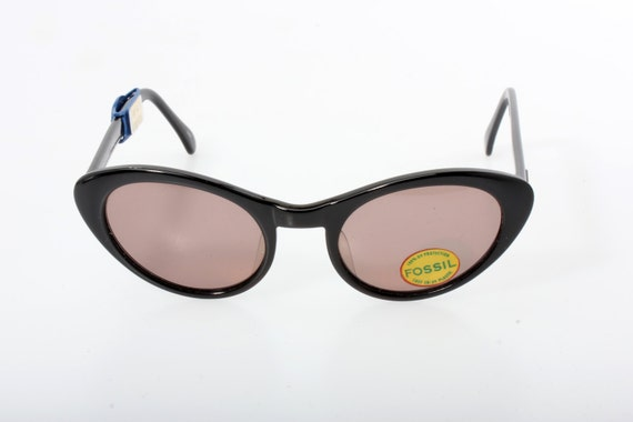 Fossil cat's eye retro sunglasses, shiny black cello structure, high quality materials and manufacturing, great piece from the '80s, NOS