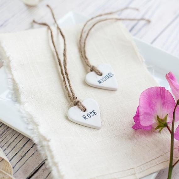 Personalizado De Boda Favor Corazón en forma de etiquetas de regalo me comer o beber me Hilo