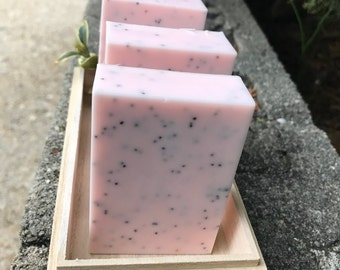 Fresh Mango Poppy Seeds Soap