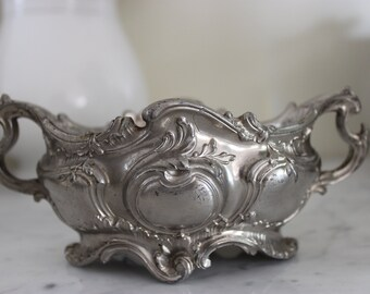 Antique early 20th planter