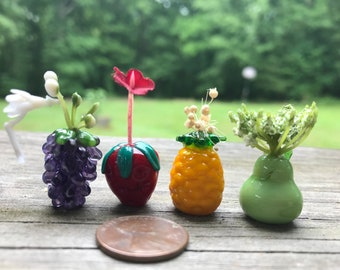 Dollhouse Miniature Plants: Food for Thought Miniatures