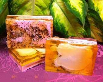 Green Tea, Honey & Grapefruit Oil Soap, Handmade, skin soothing, toning, great for blemishes, breakouts, adds moisture