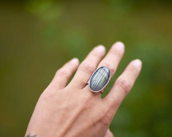 big sterling silver labradorite ring india primitive style hammer