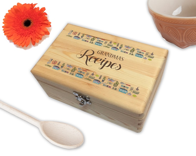 Personalised Wooden Family Recipe Keeper Box | A Perfect Way To Store All Your Family's Secret Recipes | Gift for Families