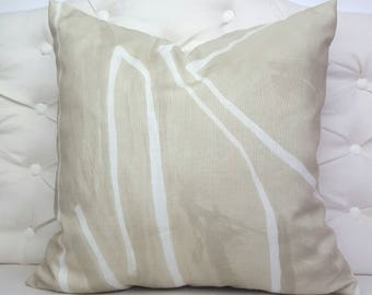 Kelly Wearstler Graffito Pillow Cover - Beige & Ivory Designer Geometric Pillow Cover - Lee Jofa - Groundworks Ivory Tone