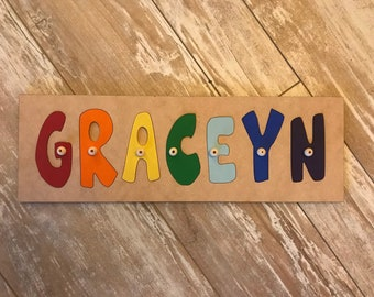 ,Chirstmas Gift Name puzzle for baby Unlimited letter=same price hoop is installed Can be used as room door hanger Name Puzzle,