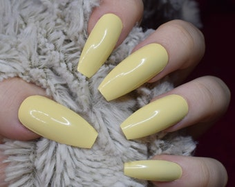 Pastel Yellow Fake Nails Long Coffin False Hand Painted Press On Nail Designs 20 Full Cover Glue