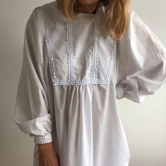 Vintage white maxi dress. Originally women's size