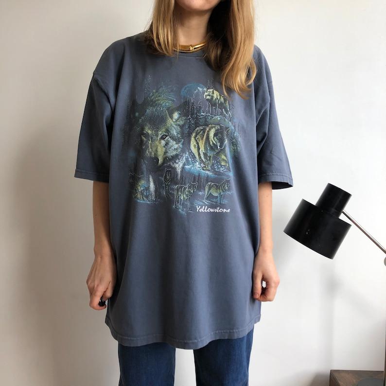 Originally men\u2019s size XL Vintage T-shirt 90\u2019s era.