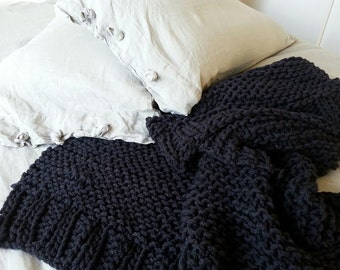 Chunky Knit 100% wool throw - Black Noir