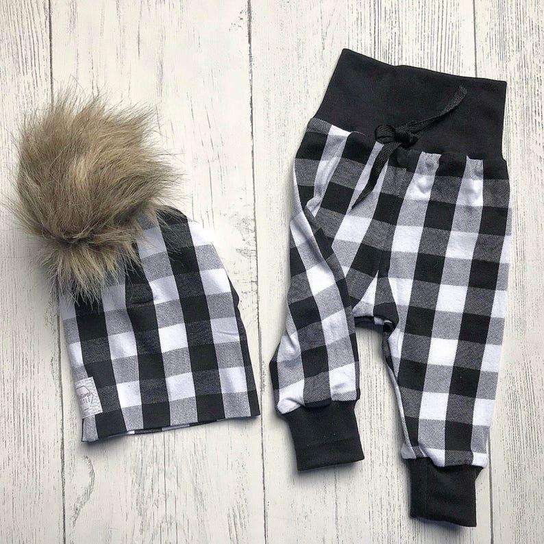 7c8701cc6e373 Leggings à carreaux noir et blancs pantalon à carreaux de