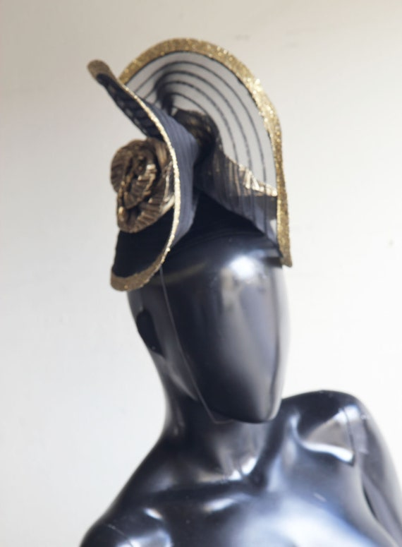 Vintage Whittall Shon Black and Gold Fascinator US