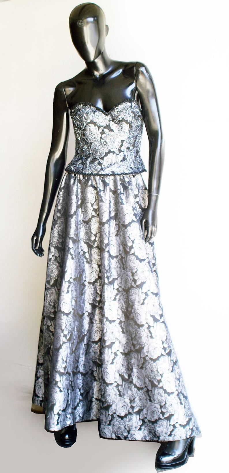 Stunning Oleg Cassini Vintage Silver /& Black Floral Beaded Bustier and Skirt Set