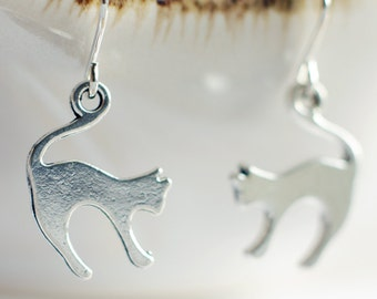 Silver cat earrings   Cat jewellery   Kitten earrings   Gift for cat lovers   Sterling silver animal earrings   Hypoallergenic available