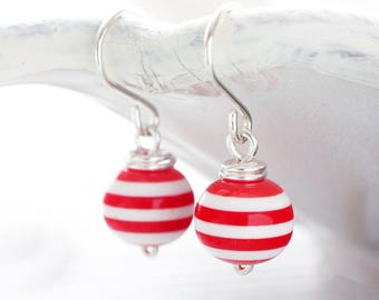 Red and white striped earrings | Retro sailor earrings | Sterling silver wirewrapped earrings | Lightweight vintage style pinup earrings
