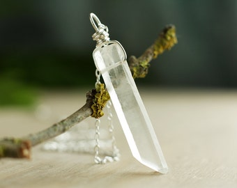 Sterling Silver frosted Quartz necklace, Unisex Quartz crystal necklace, White Quartz pendant, Raw gemstone necklace, April birthstone