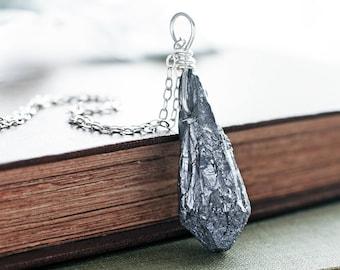 Titanium Quartz pendant | Wirewrapped Grey Quartz necklace | Dark silver gemstone pendant | Raw Quartz point pendant | Metallic jewellery