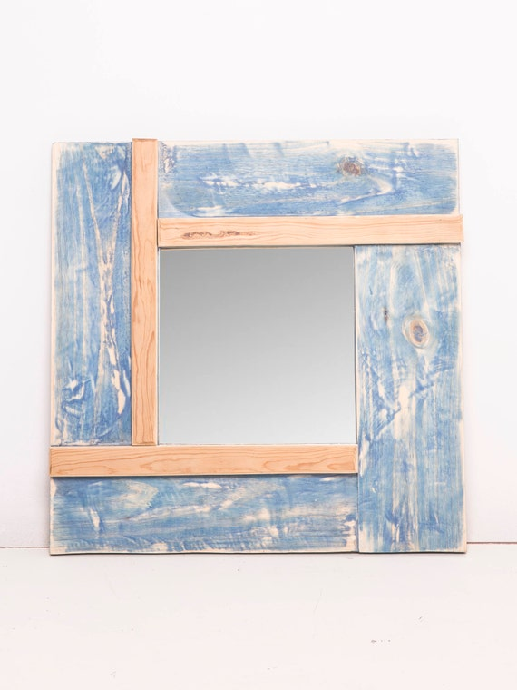 Rec. Degraded blue mirror frame.