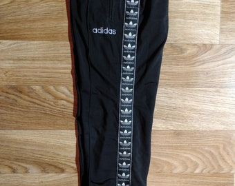 4b71f223387f Adidas Originals 90 s Vintage Mens Tracksuit Pants Trousers Black Monogram  Logo
