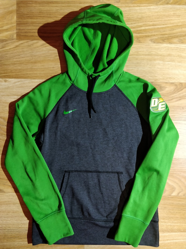 new style 047c9 a4b9e Nike Womens Hoodie Tracksuit Top Jacket Hooded Green Gray Therma Fit Eagles  DE