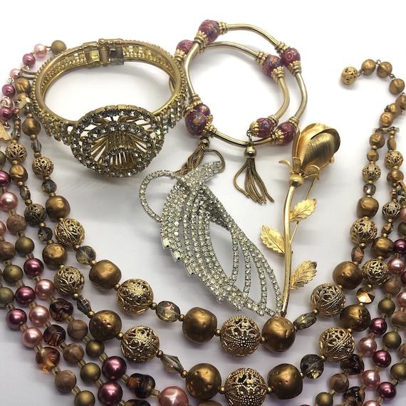 Costume Jewelry Lot, Lot of 6 Jewelry Pieces, 2 Ne
